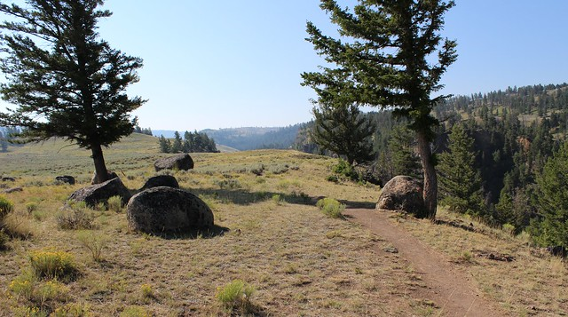 hike Y'stone Picnic Area