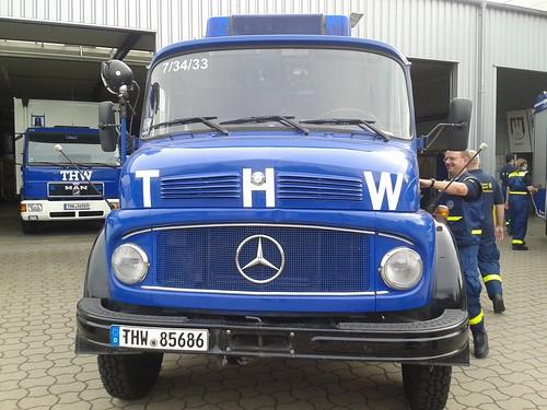 Sommertour 2014 mit dem Bundestagsabgeordneten Metin Hakverdi beim THW Hamburg-Harburg
