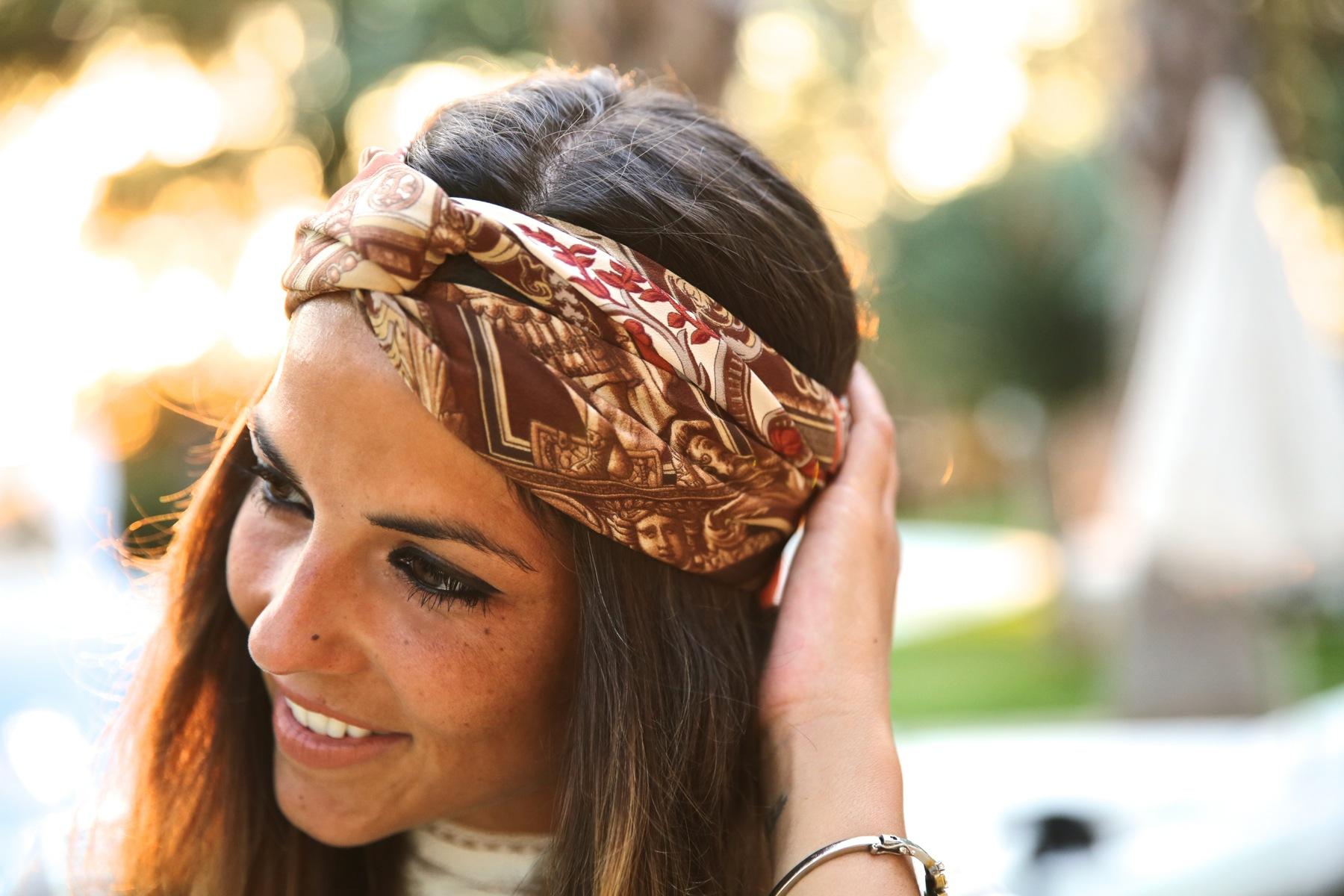 trendy_taste-look-outfit-street_style-ootd-blog-blogger-fashion_spain-moda_españa-boho-hippie-denim_shorts-shorts_vaqueros-blusa-blouse-mas34-pg-ibiza-sa_talaia-1