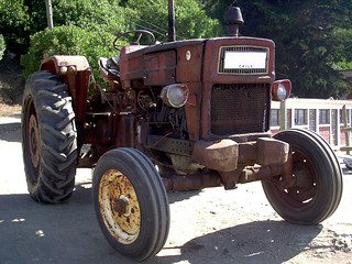 Universal 650 M 1970 Tractor