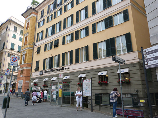 l'Hôtel Metropli