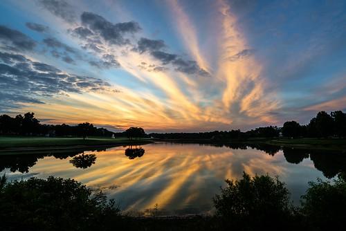 morning sky reflection start sunrise virginia unitedstates cloudy brilliant wyndham skynoir