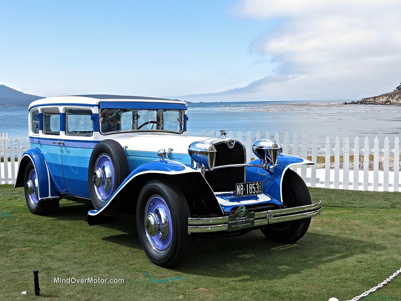 Pebble Beach 2014-1929 Ruxton C Rainbow