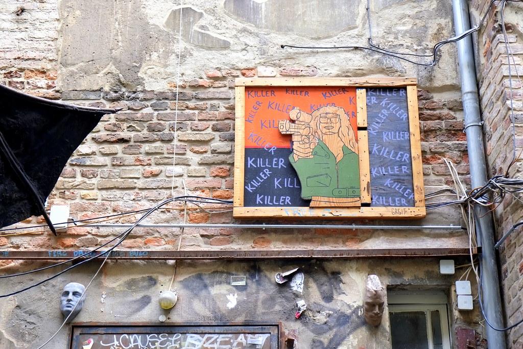 streetart | greif | berlin . haus schwarzenberg