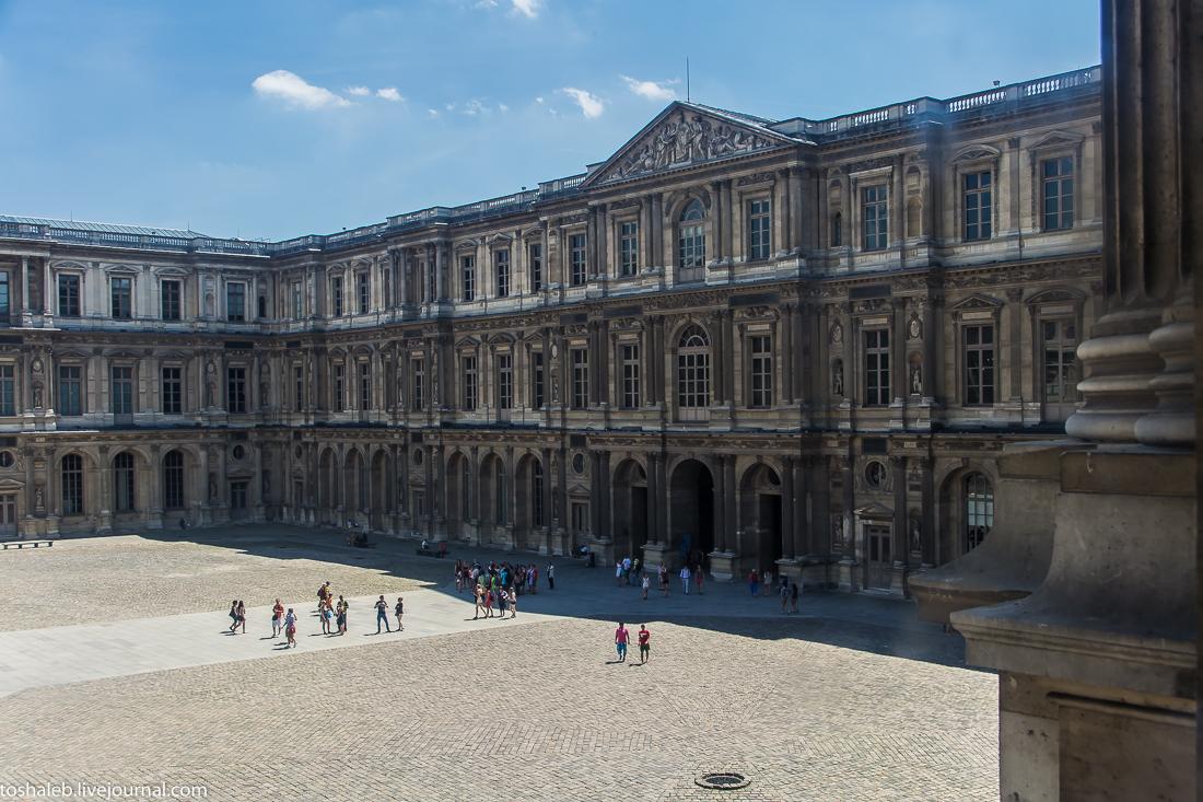 Louvre-61