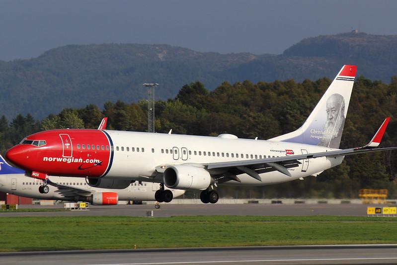 Norwegian - B738 - LN-NOX (3)