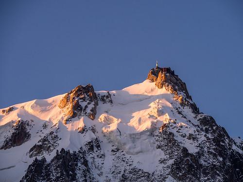 morning mountain snow france mountains alps mañana montagne alpes sunrise nieve amanecer neige montaña chamonix montañas matin montagnes frenchalps aiguilledumidi rhonealpes leverdusoleil