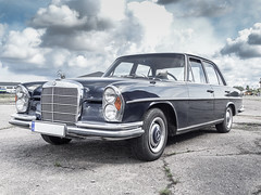automobile, automotive exterior, mercedes-benz w112, vehicle, mercedes-benz w108, mercedes-benz, compact car, mercedes-benz 600, mercedes-benz w111, antique car, sedan, classic car, vintage car, land vehicle, luxury vehicle,