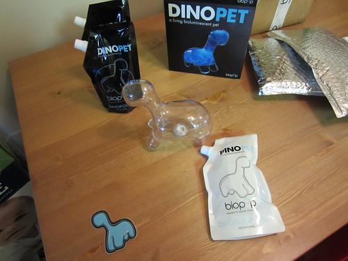 Dinopet