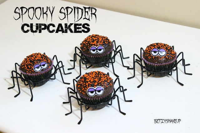 spooky-spider-cupcakes