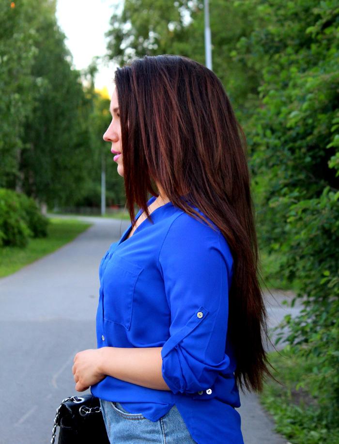 blue 208