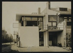 Schwitters, Kurt  Exterior view of the northeast façade of Schröder House, Utrecht, Netherlands, 1924