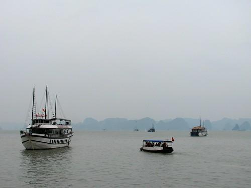 Rumbo a la Bahía de Halong