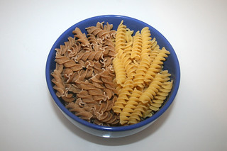 01 - Zutat Nudeln / Ingredient noodles