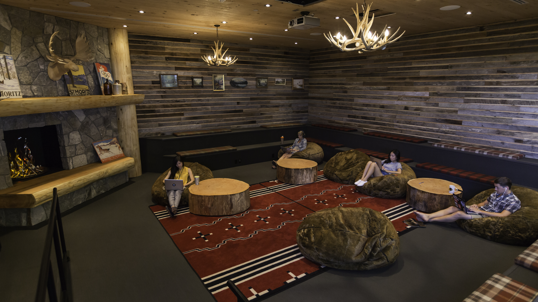 Hootsuite HQ2 - Sunken Lounge