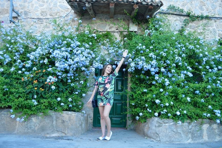 lara-vazquez-madlula-blog-style-streetstyle-fashion-flowerpower