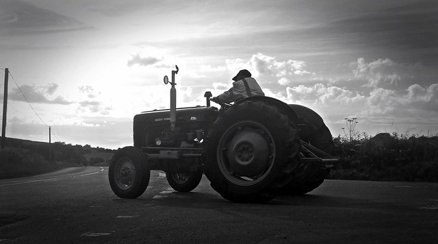 Nokia Lumia 1020 - Vintage Massey Ferguson Tractor at the top of Cheddar Gorge
