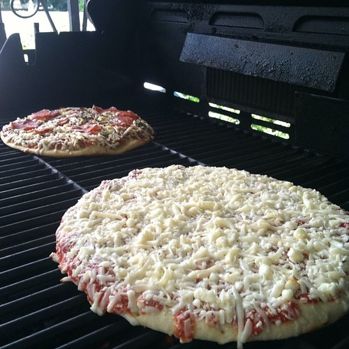 Time to grill the pizzas - @udisglutenfree and #giant #grillingseason