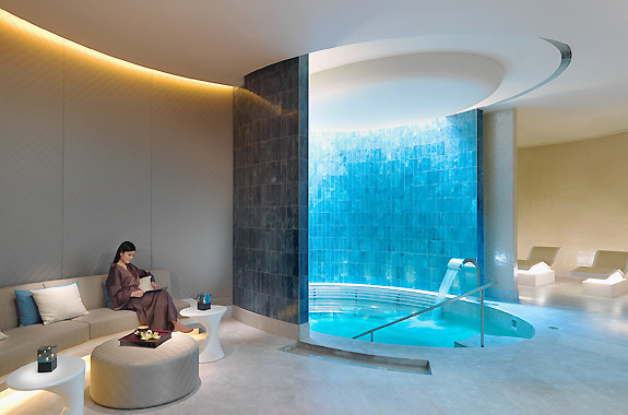 Jacuzzi at Crown Spa Macau