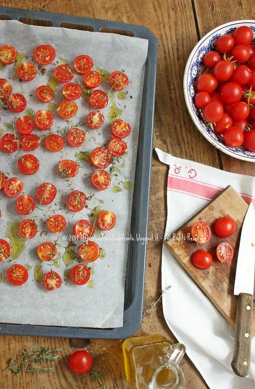 Pomodorini confit al peperoncino