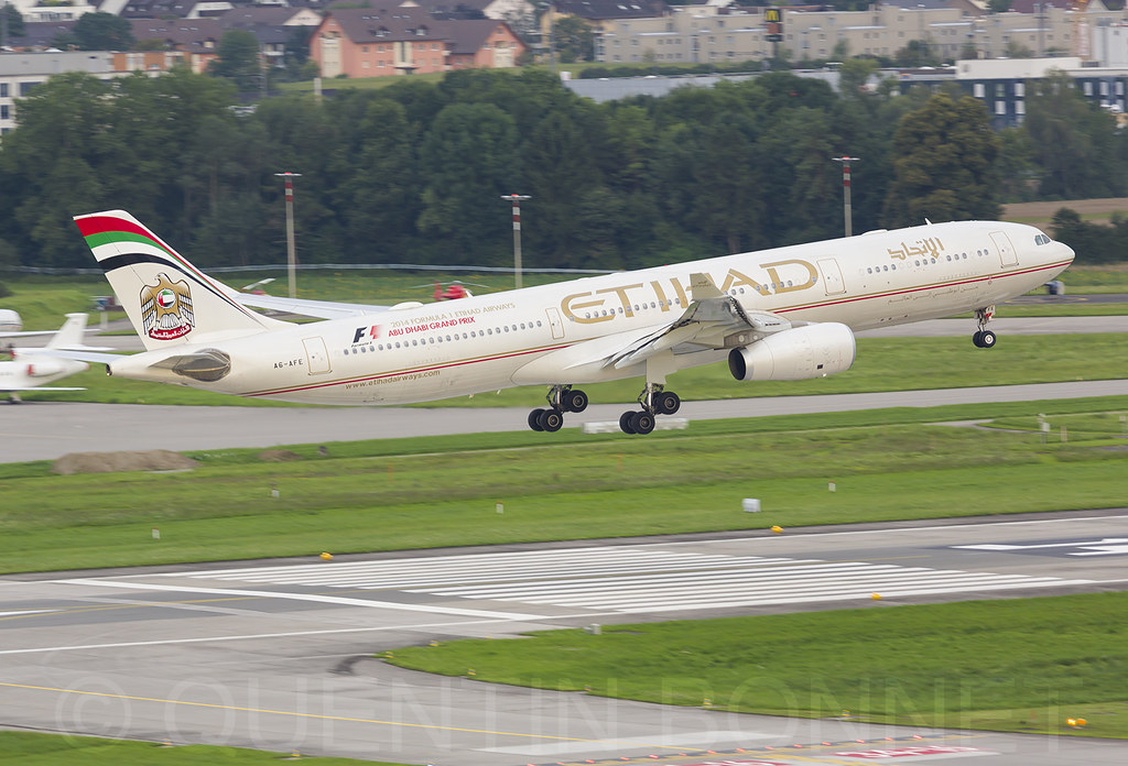 Etihad Airways Airbus A330-343 A6-AFE