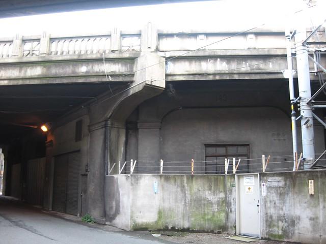 大阪中津高架下 (2)
