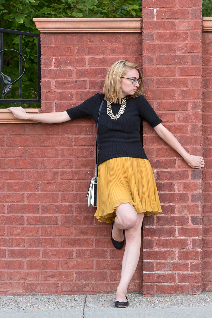 skirt, pleated, yellow, black, sweater, the giver, never fully dressed, withotuastyle,