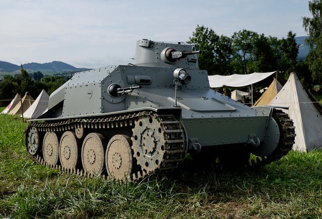 Praga AH-IV-R