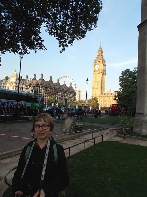 LONDON 1084