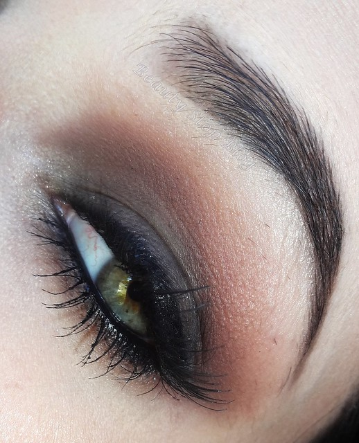 tutorial maquiagem esfumado marrom opaco maquiagem neutra batom arabesque dailus pro beauty stop blog bruna reis olho