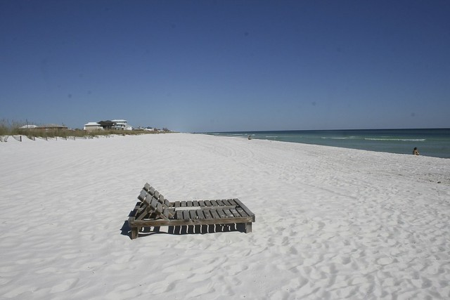 Florida Beach along the Gulf by CC user adam_skowronski on Flickr