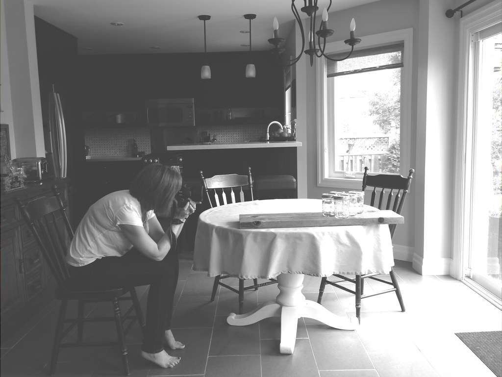 Using the kitchen as a photo studio | personallyandrea.com