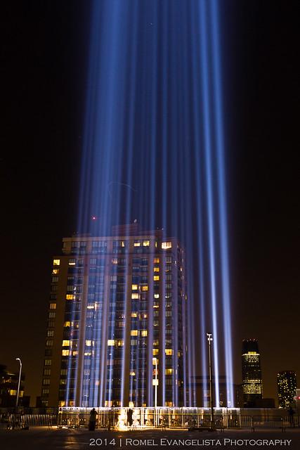 2014_Tribute_In_Light-7469