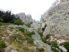Descente de Bocca Purcaraccia : arrivée au Purcaraccia avec vue de l'amont du ruisseau