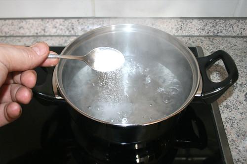 16 - Wasser salzen / Salt water