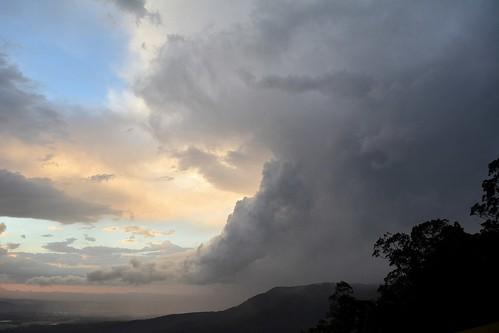 storm thunderstorm hail cloudscape cumulonimbus hendersonsknob tamborinemountain albertvalley sunlitclouds sunsetsky sundown sequeensland queensland australia australianlandscape australianweather clouds cloudy sky mounttamborine