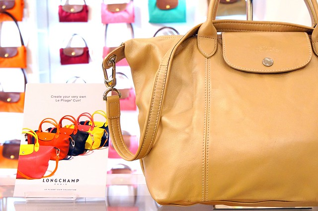 Personalize your Longchamp Le Pliage Cuir at Pavilion Malaysia-003