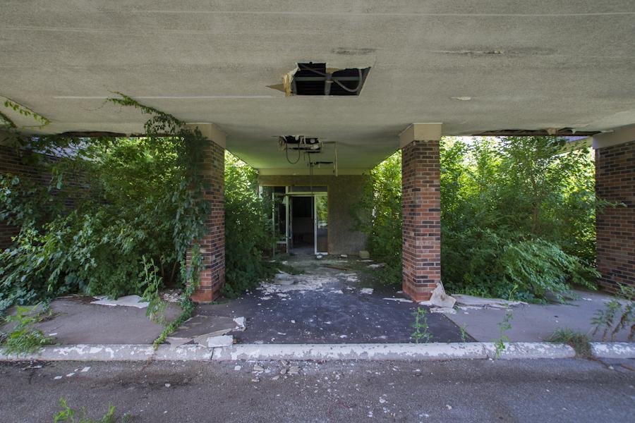I-65_Hotel-3