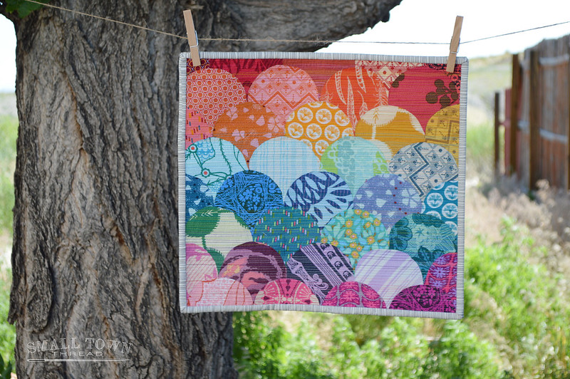 Glam Clam Mini Quilt