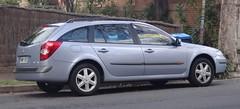 compact car(0.0), renault mã©gane(0.0), sedan(0.0), hot hatch(0.0), automobile(1.0), family car(1.0), vehicle(1.0), renault laguna(1.0), land vehicle(1.0),