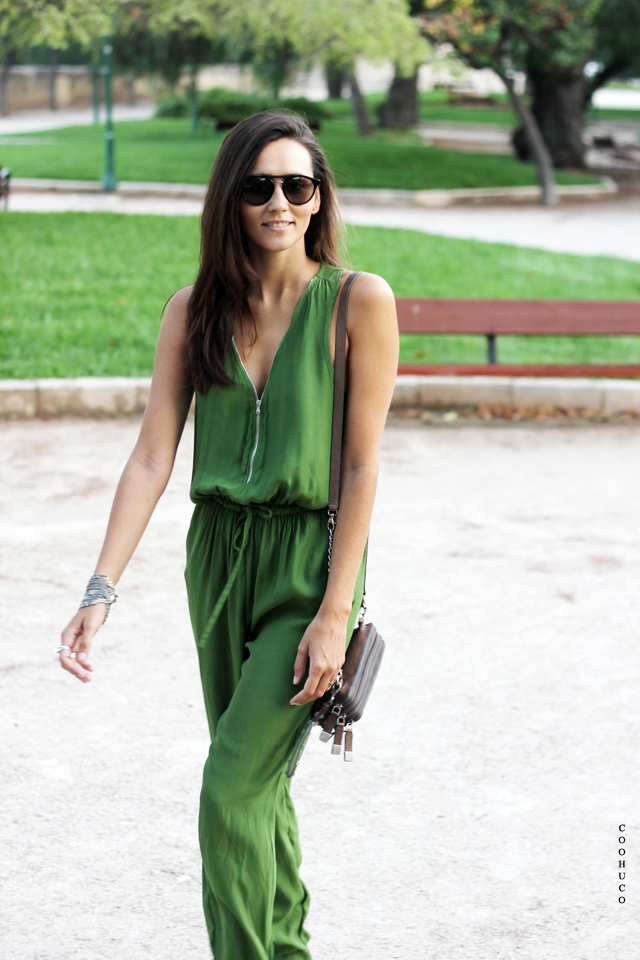 green jumpsuit coohuco 10