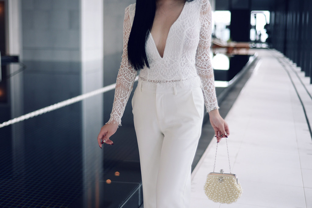 White Lace – Pale Division By Willabelle Ong