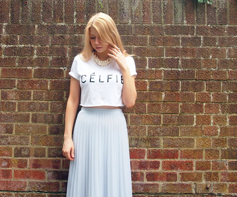 Célfie, T-Shirt, Cropped, eBay, Dupe, Pastel Blue Midi Skirt,Dorothy Perkins, Pearl Cluster Choker, Midi Rings, Ring Stack, How to Wear, SS14, Outfit Ideas, Styling Inspiration, Sam Muses, UK Fashion Blog, London Style Blogger