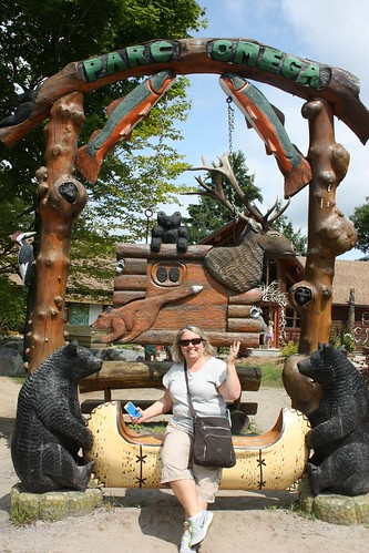 Claire and the creatures at Parc Omega