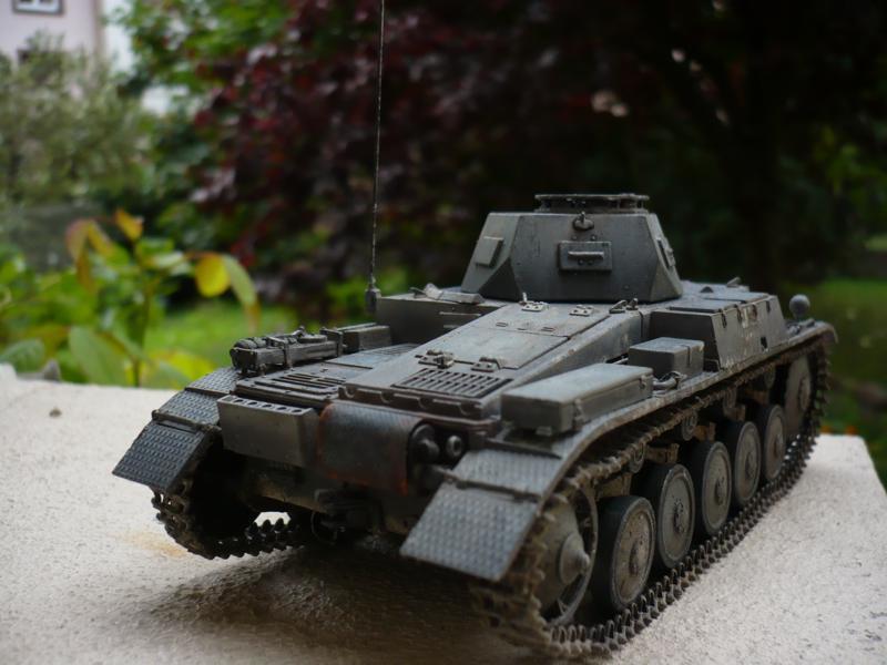 Pz.kpfw.II Ausf.F Kit N°6263 - DRAGON - 1/35 14863366881_e6b8b44fd7_c