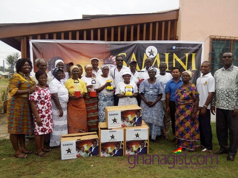 Samini donates Solar Lanterns to Help Age Ghana