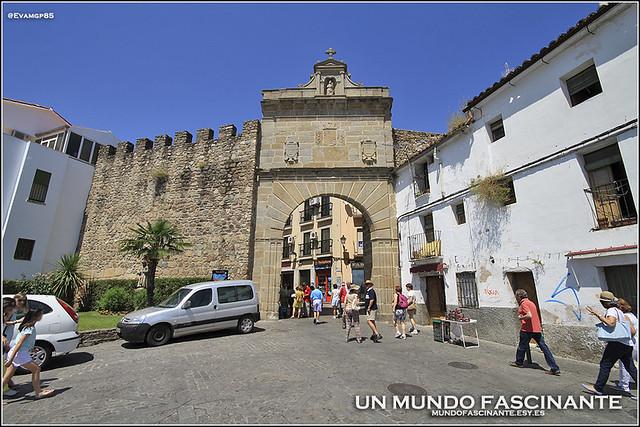 Puerta Del Sol, Plasencia