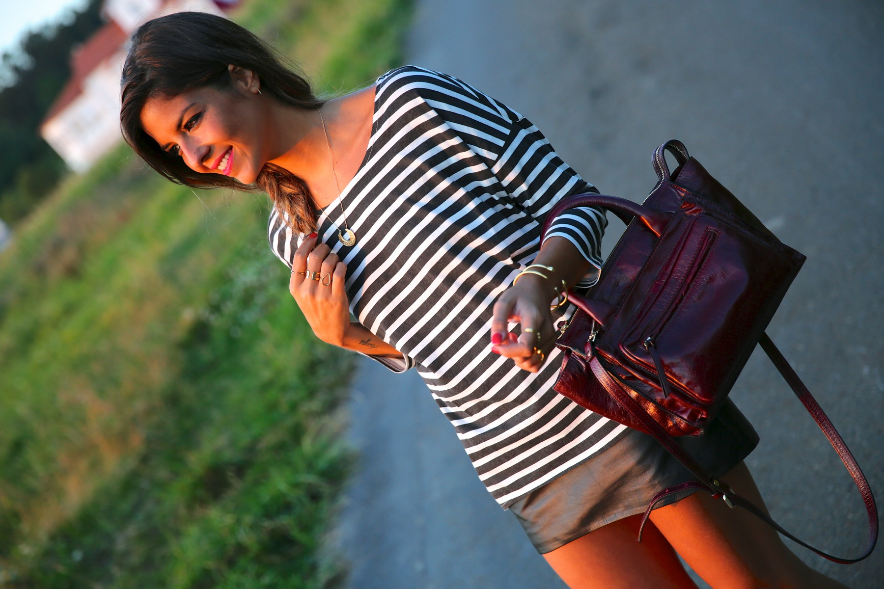 trendy_taste-look-outfit-street_style-ootd-blog-blogger-fashion_spain-moda_españa-girissima-jessica_simpson-chic_place-leo_print-leopardo-burgundy-granate-striped-rayas-3