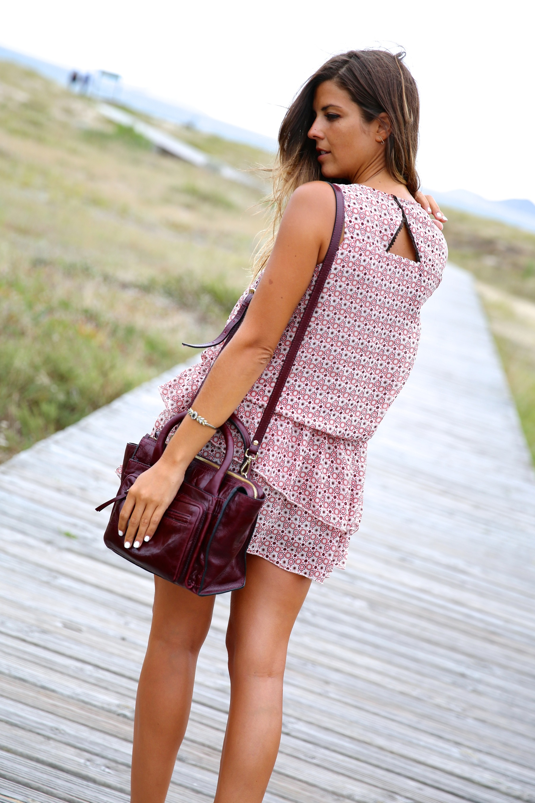 trendy_taste-look-outfit-street_style-ootd-blog-blogger-fashion_spain-moda_españa-boho-beach-playa-galicia-vestido-dress-sandalias-sandals-6