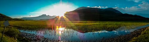 uk travel sunset panorama naturaleza sun sunlight lake mountains colour skye sol nature montagne reflections landscape lago atardecer scotland soleil scottish lac paisaje reflejo puestadesol loch paysage coucherdesoleil montañas waterscape panorámica